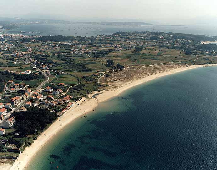 Playa de A Cambra / Casqueiro en Ribeira - imagen 3