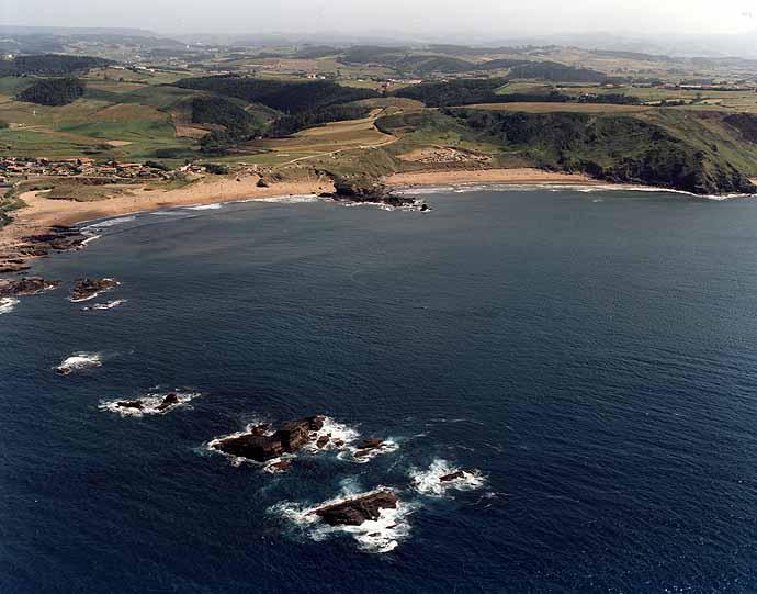 Playa de Aguilera en Gozón - imagen 2