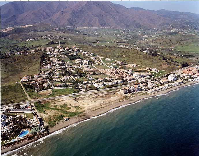 Playa de Arroyo Vaquero / Guadalobón en Estepona - imagen 5