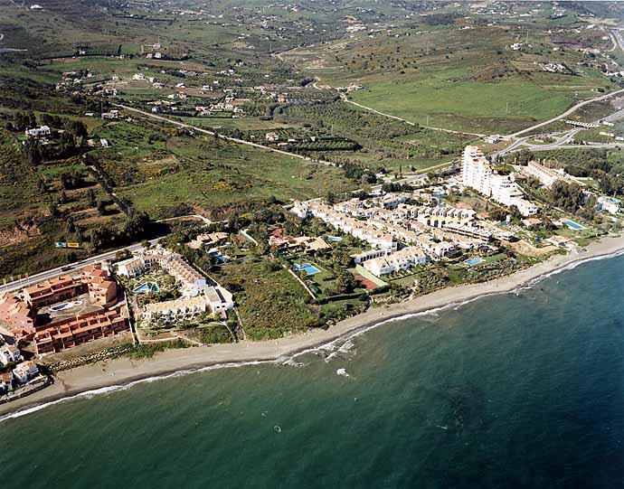 Playa de Arroyo Vaquero / Guadalobón en Estepona - imagen 6