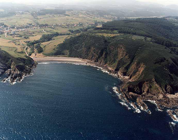 Playa de Bahínas en Castrillón - imagen 5