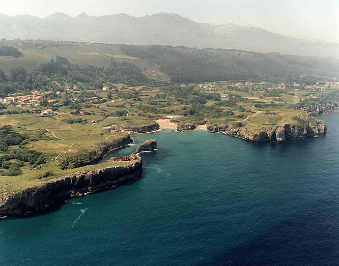 Playa de Buelna / Arenillas en Llanes - imagen 5