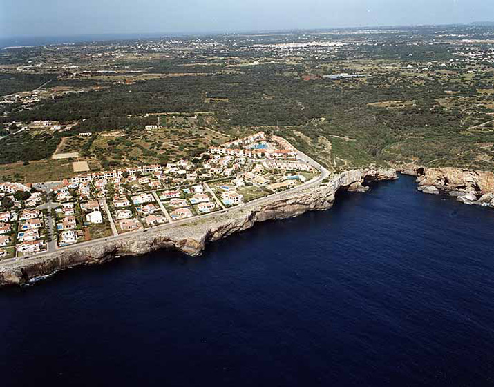 Playa de Cala Alcaufar en Sant Lluís - imagen 4