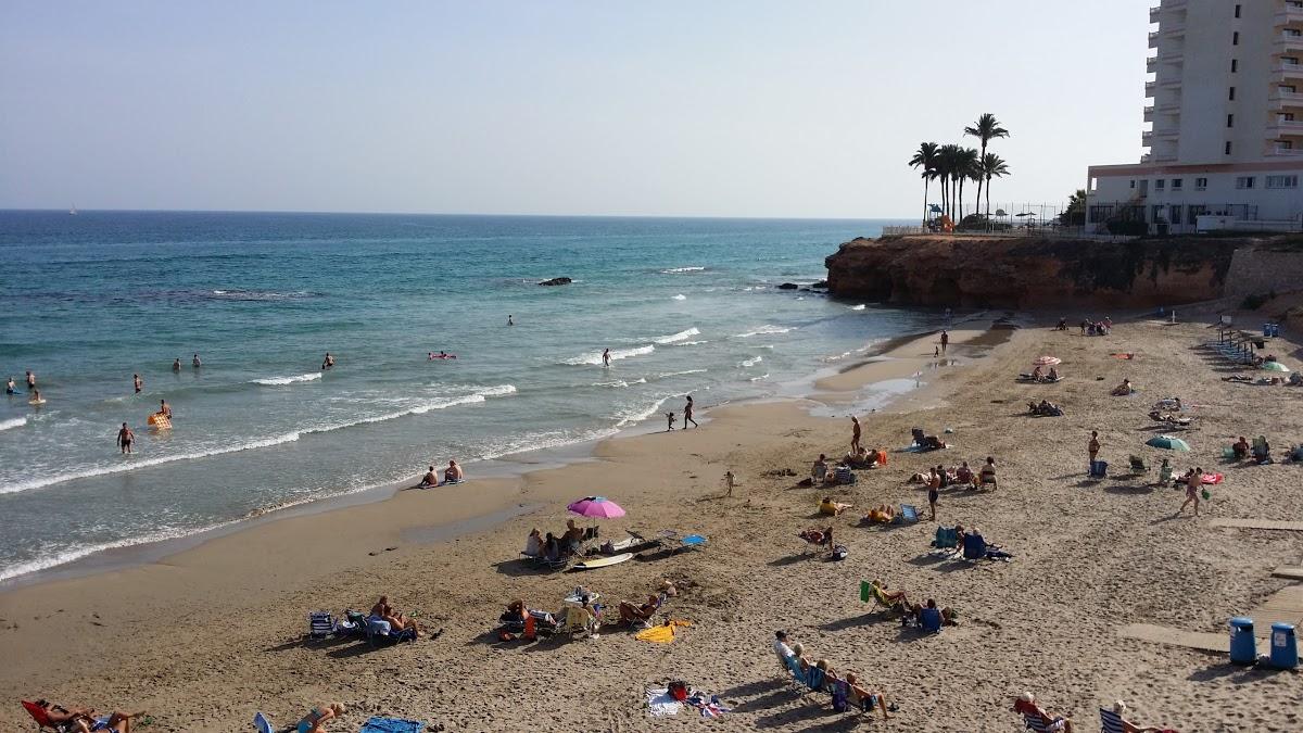 Playa de Cala Cerrada / La Zenia en Orihuela - imagen 4