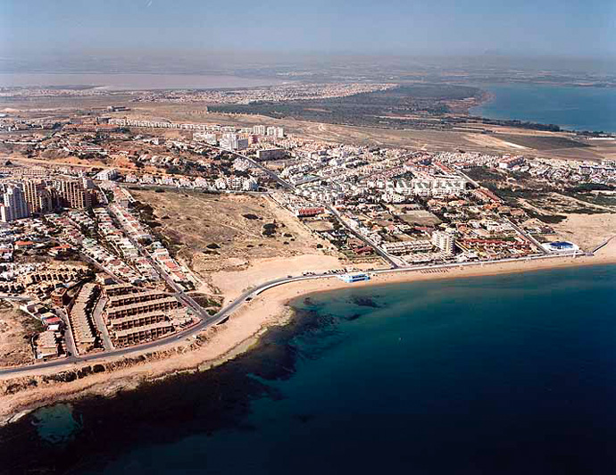 Playa de Cala de Cabo Cervera en Torrevieja - imagen 2