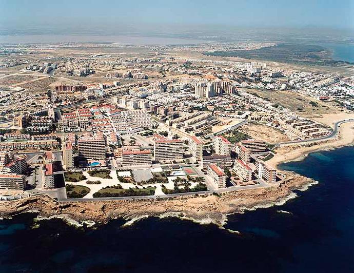 Playa de Cala de Cabo Cervera en Torrevieja - imagen 3