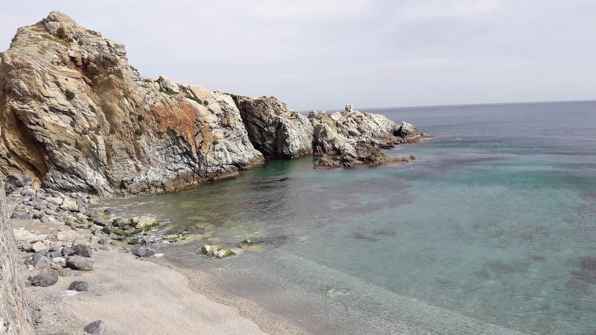 Playa de Calamocarro en Ceuta - imagen 1
