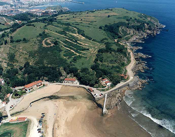 Playa de Dícido en Castro-Urdiales - imagen 2
