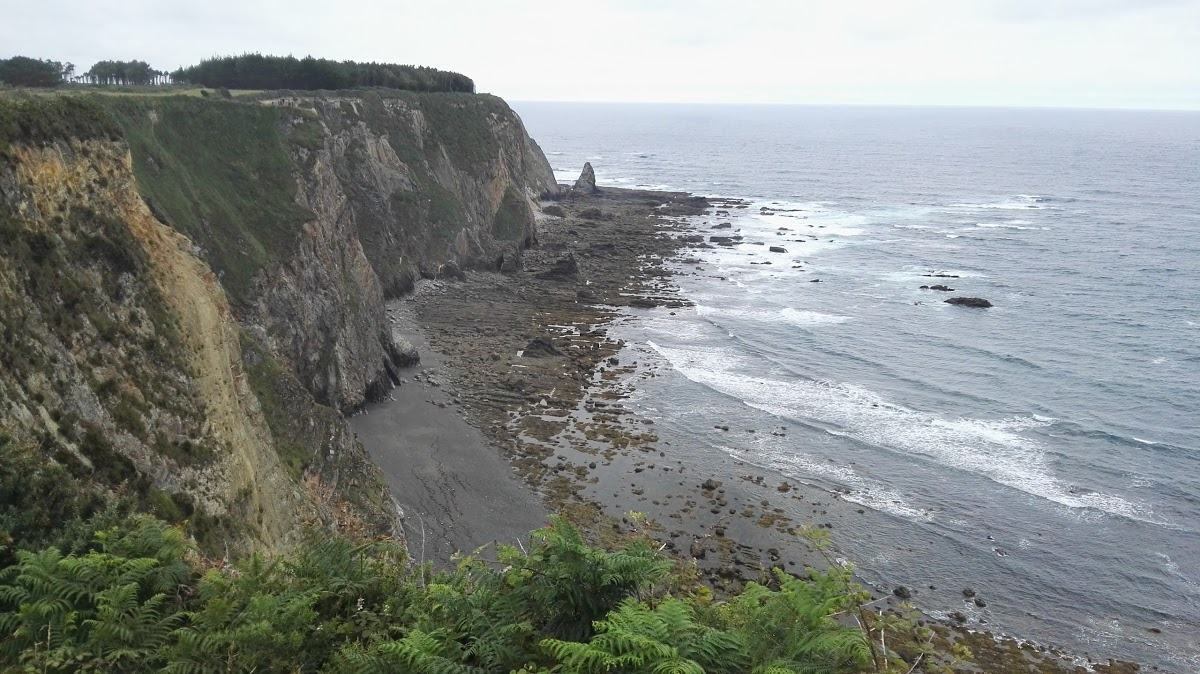 Playa de El Serrón en Valdés - imagen 2