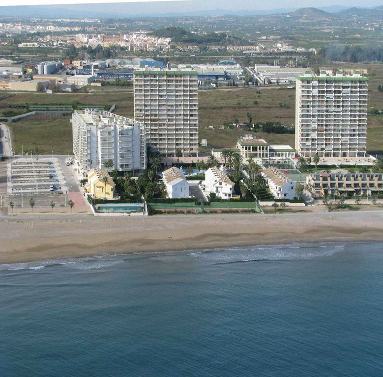Els Plans / Playa norte del Puig