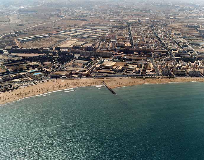 Playa de Hipódromo en Melilla - imagen 2